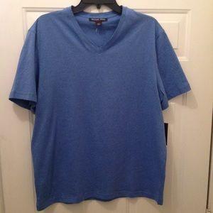 Men's Michael Kors V neck shirt size large